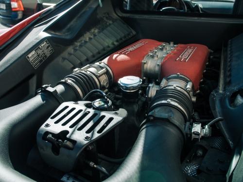 20 kilometrů ve Ferrari 458 Italia Brno